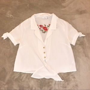 Lush Tops - Lush White Crop Top /w Floral Back Size Small